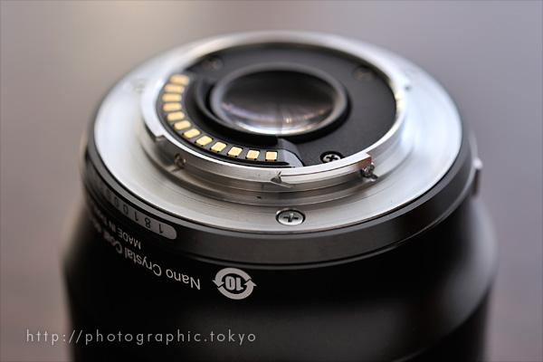 1 NIKKOR 32mm f/1.2マウント部分アップ