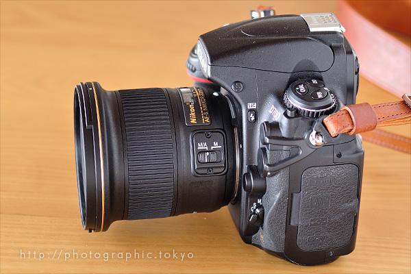 AF-S NIKKOR 20mm f/1.8G ED+D700左側フード無