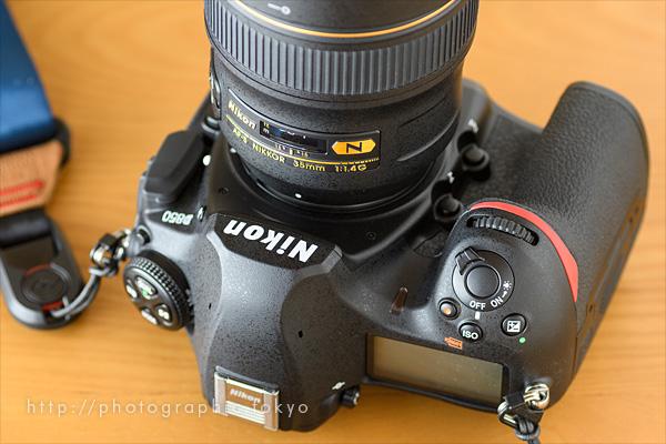 D850+35mm_f1.4仰向けアップ_01