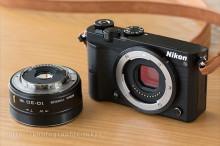 Nikon1J5本体と標準ズーム