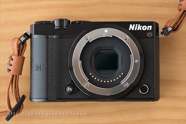 Nikon1J5本体正面